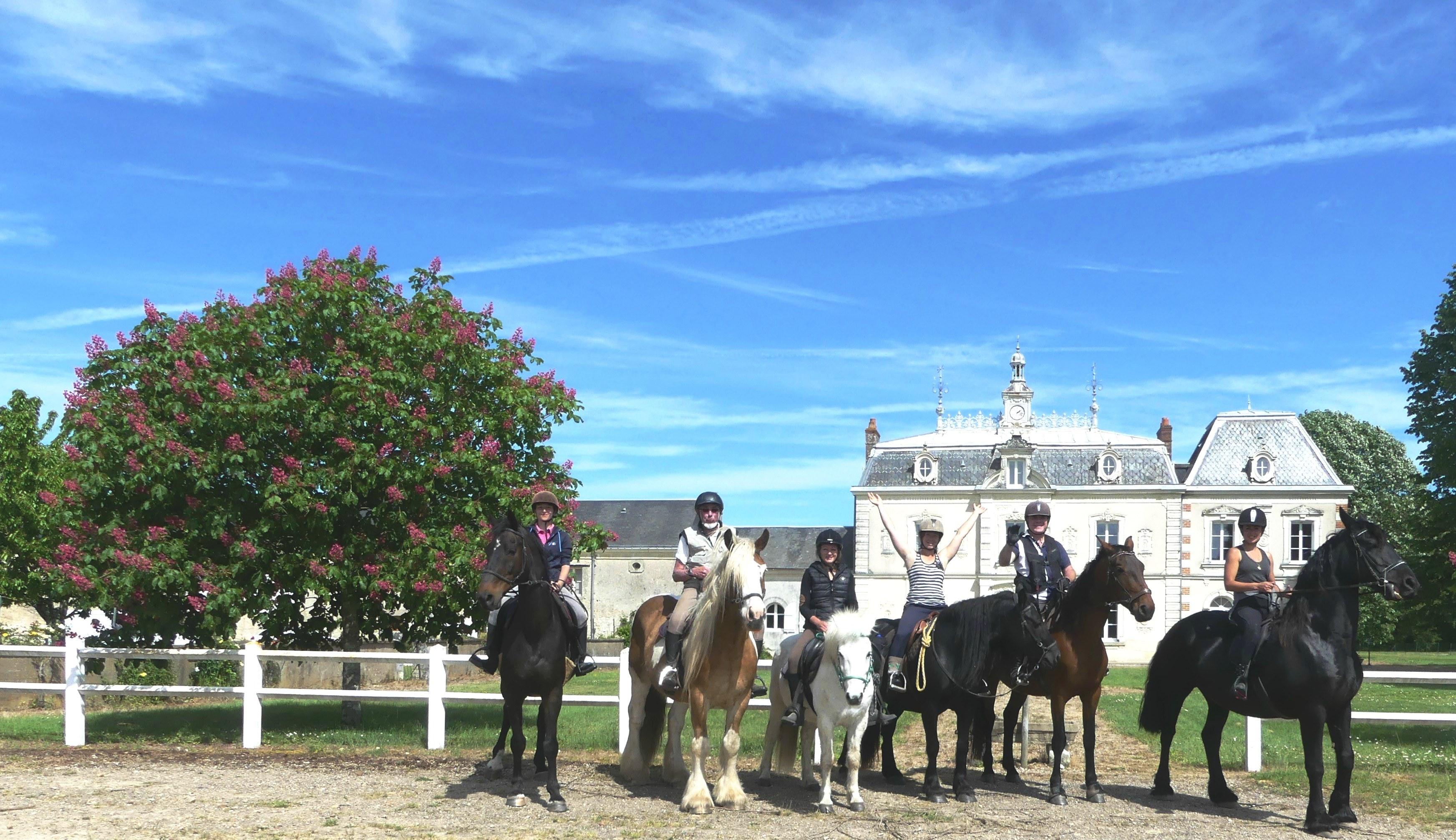 Randonnee a cheval au chateau de l'aulee - Touraine Cheval