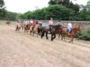 Touraine Cheval Balade à cheval en groupe
